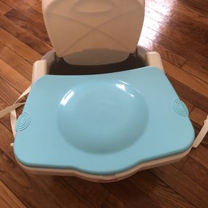 FisherPrice Booster Seat for Sale in Lexington, MA