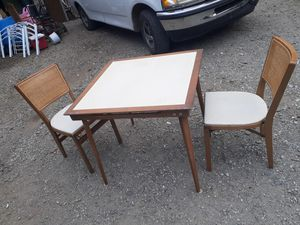 Chairs and table for Sale in Chesterbrook, PA