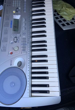 YAMAHA 61-key keyboard for Sale in DC, US