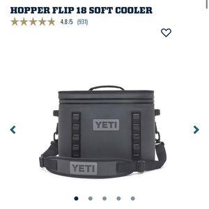 Yeti Hopper Flip 18 Soft Cooler for Sale in Jurupa Valley, CA