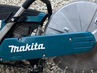 Makita 4 Stroke Cut Off Saw for Sale in Fort Lauderdale,  FL