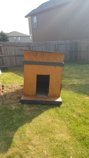 Free large dog house for Sale in San Antonio, TX