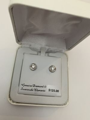 Diamond & Swarovski Element earings for Sale in Norwalk, CA