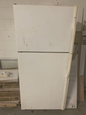 Used refrigerator. for Sale in Palm Harbor, FL