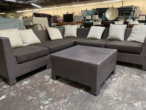 Patio Outdoor Sectional sofa with coffee table, High End well made for Sale in Tracy, CA