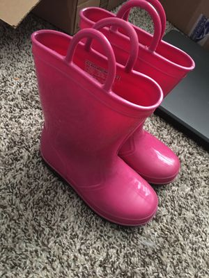 Pink rain boots. Size 10c for Sale in Cypress, TX