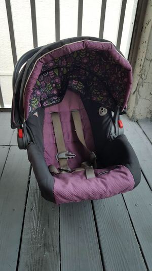 Matching Set: carseat, playpen& stroller! Must pick up! $75 recently cleaned!! for Sale in Tampa, FL
