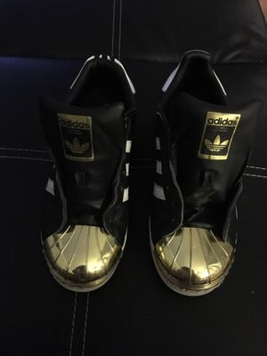 Women's Adidas (leather) for Sale in Maple Heights, OH