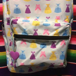 School supplies Disney Princess Girls backpack new. for Sale in Chicago, IL