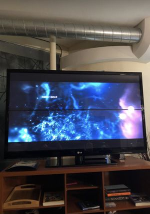 60 inch LG TV (Motion Picture) for Sale in Scottsdale, AZ