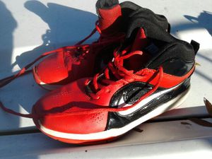 4y Nike shoes used for Sale in Tampa, FL