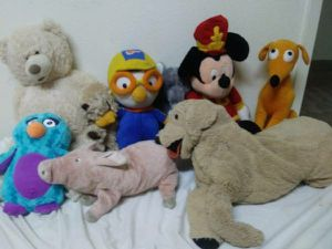 9 stuffed animals for Sale in Austin, TX