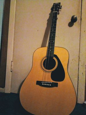Yamaha Acoustic Guitar for Sale in Vancouver, WA