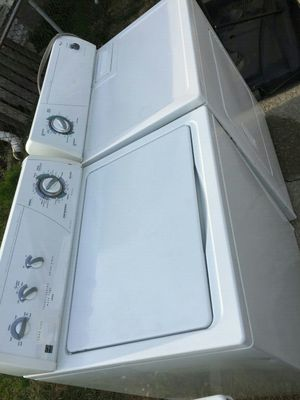 Whirlpool washer dryer for Sale in Columbus, OH