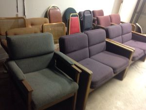 Purple couch seating area for Sale in Caledonia, MI