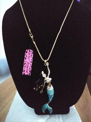 Betsey Johnson beautiful mermaid aqua rhinestone necklace. Brand new for Sale in Panama City Beach, FL