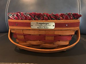 Longaberger Christmas Basket for Sale in Greensburg, PA