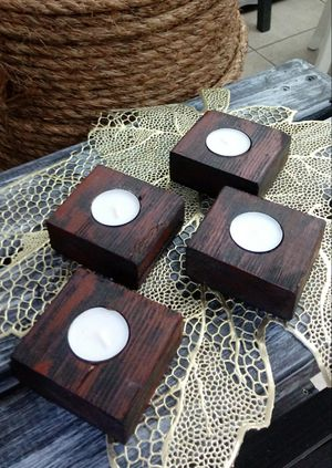 """1-1/2""""H X 3-1/2""""W X 3-1/4""""D 🌱(4 Pcs./Set) Solid Wood Tea Light Candle Holders ::: Rustic Distressed Black/Red for Sale in Las Vegas, NV"""