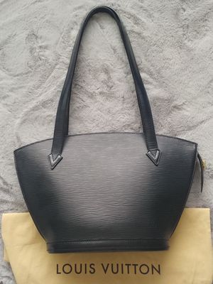 Louis Vuitton Hand Bag for Sale in Sherwood, OR
