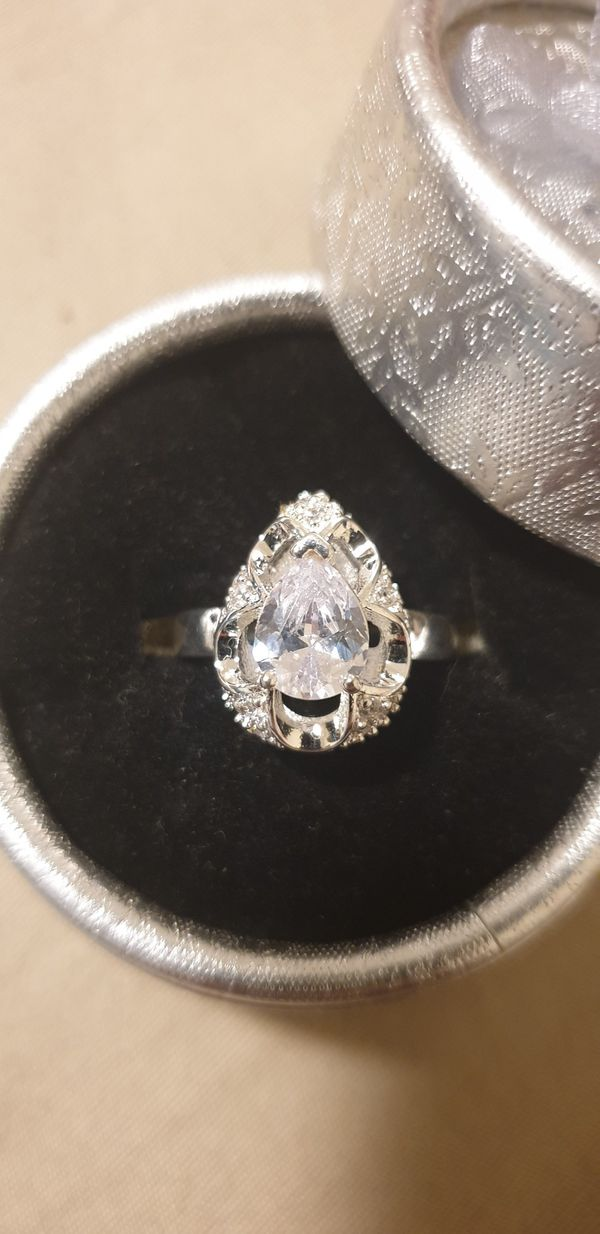 Silver cz ring size 7