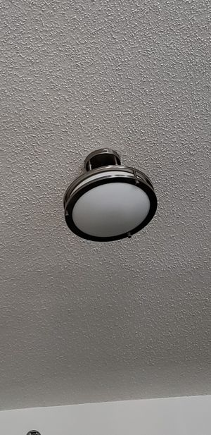 2Ceiling Lights in great condition for $20 with bulbs 💡 for Sale in Arlington, VA