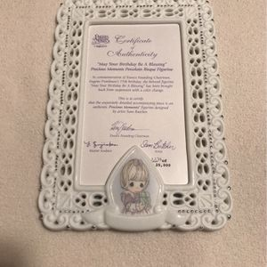 Precious Moments - Girl Holding Gift Frame for Sale in Schaumburg, IL