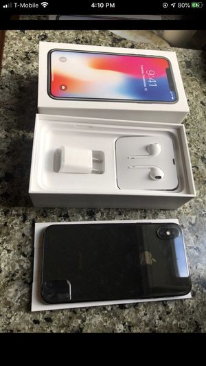 iPhone X 256 unlocked with box and accessories for Sale in Lynnwood, WA