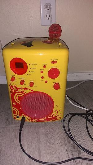Glee, karaoke, karaoke machine, karoke, yellow, sing, party, CD player, cd, music, radio for Sale in Goodyear, AZ
