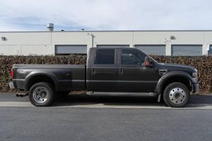 Ford F450 super duty 6.4l turbo diesel dually gooseneck truck for Sale in Santa Fe Springs, CA