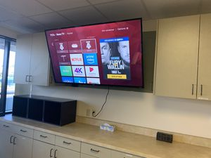 """TCL 65"""" 4K UHD LED 2160p Smart TV with HDR Roku TV Model: 65S405 for Sale in Anaheim, CA"""
