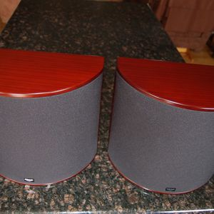 Klipsch WS-24 Icon-W Series Surround Sound Speakers For Home Theater for Sale in Virginia Beach, VA