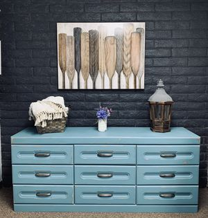 Beautiful vintage dresser -media console -entry table for Sale in Peoria, AZ