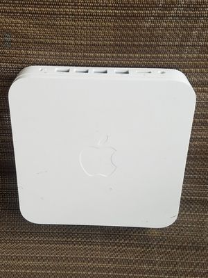 APPLE ROUTER for Sale in Fairfax, VA