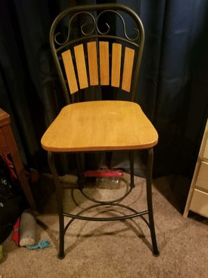 Bar Height Stools for Sale in Puyallup, WA