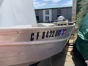 2002 HomeMade 12ft aluminum boat with Honda 5HP for Sale in Vallejo, CA