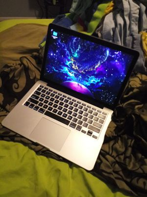 Macbook Pro 2015 1TB! for Sale in Roanoke, VA