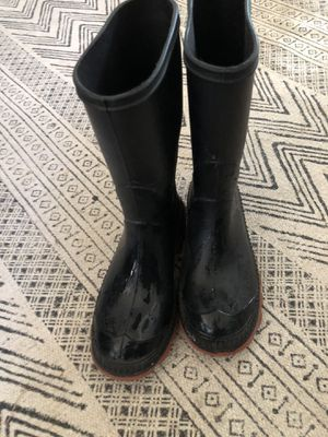 Size 13 rain boots for Sale in San Leandro, CA