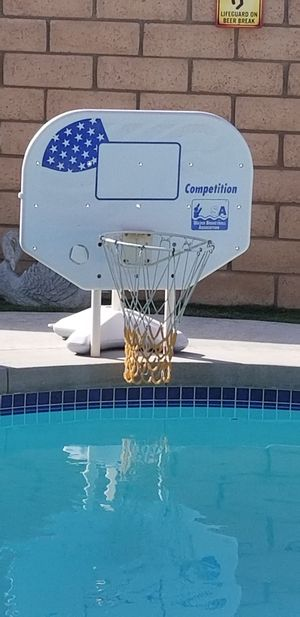 Pool basketball hoop pick up in perris if you see it still available,firm price for Sale in Menifee, CA