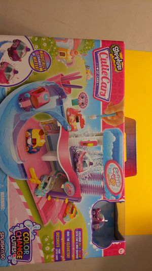 Shopkins Splash 'N Go Spa Wash, color change cuties, complete box sealed, new for Sale in Ontario, CA
