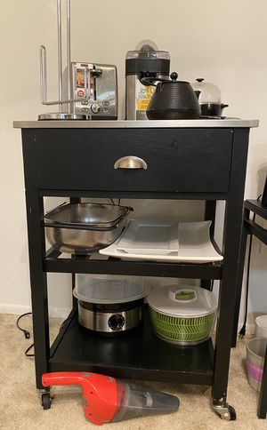 Kitchen bar table with wheels for Sale in Fairfax, VA