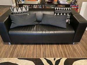 Sofa/couch and loveseat with pillows for Sale in Hermon, ME
