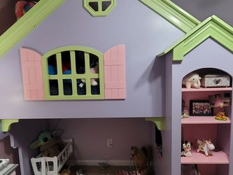 Pottery Barn Cottage Loft Bed for Sale in Suwanee,  GA