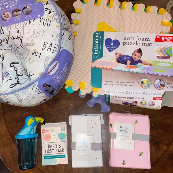 BABY BUNDLE SHEETS, CARDS, SIPPY CUP, LOUNGER, AND MATS