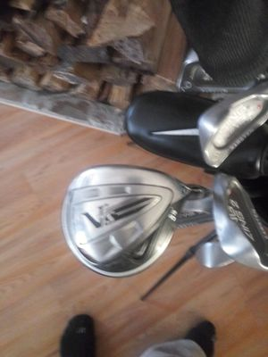 Ping zing 3 through pw. Nike 3 and 5 woods. Nike orgin putter for Sale in Lenox, MI