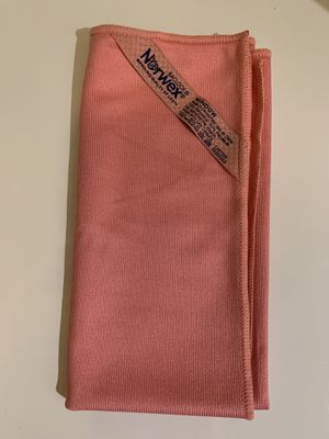 Norwex Window Cloth (Pink or Purple) for Sale in Las Vegas, NV