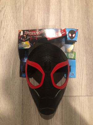 New Spider-Man Mask. Makes noises! for Sale in Melbourne, FL