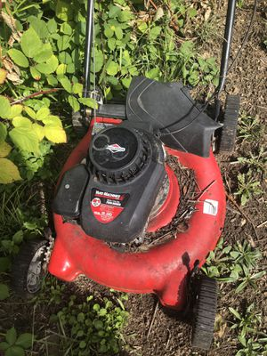 Beat Lawn Mower for Sale in Tacoma, WA
