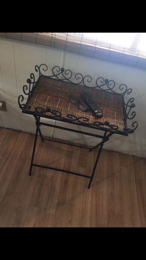 Wood & metal decor table. Excellent condition for Sale in Phoenix, AZ