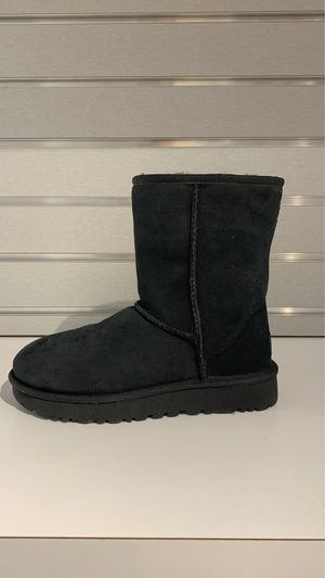 Ugg classic short 2 Black for Sale in Swampscott, MA