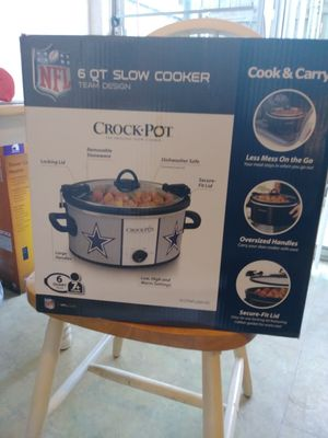 6 qt Dallas Cowboys slow cooker for Sale in San Antonio, TX